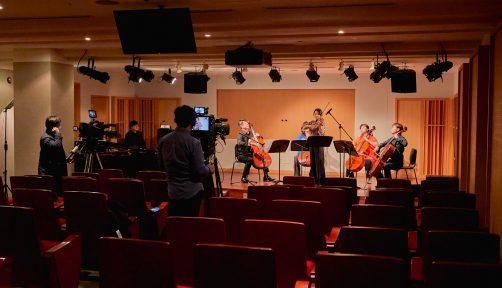 4월 9일, 세종문화예술아카데미 는 유튜브 라이브 중계를 통해 수강생과 많은 시민들에게 아름다운 첼로 선율을 선물했다.