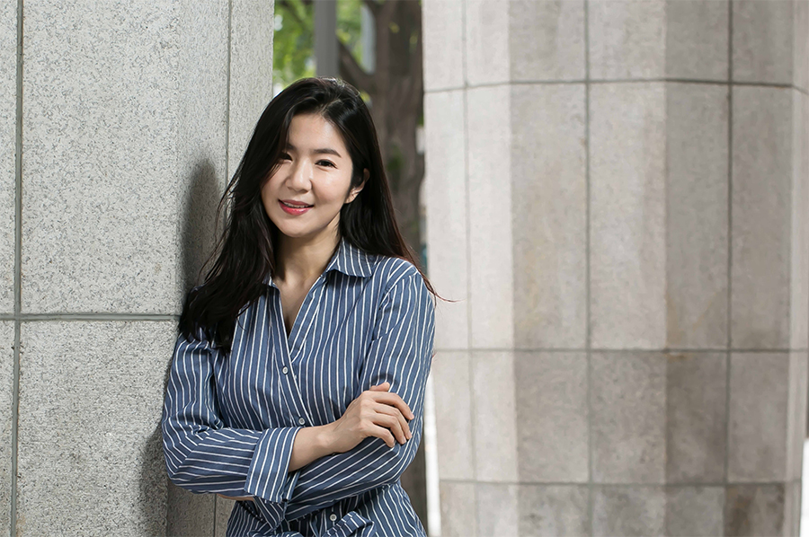 주체적인 여성으로 살고자 했던 조선의 나혜석.그의 삶을 연기하는 세 배우를 만났다.