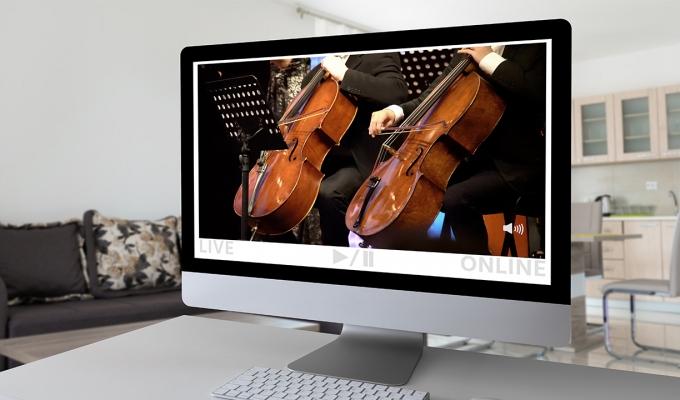 온라인 공연, 어떻게 하면 더 흥미롭게 볼 수 있을까? 공연 전문가와 애호가 3인의 '온라인 공연 감상 꿀팁'을 모아보았다.