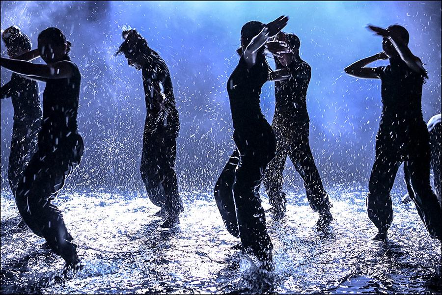 서울시무용단 는 얼어붙은 공연예술계에 화끈한 도전장을 내민다.