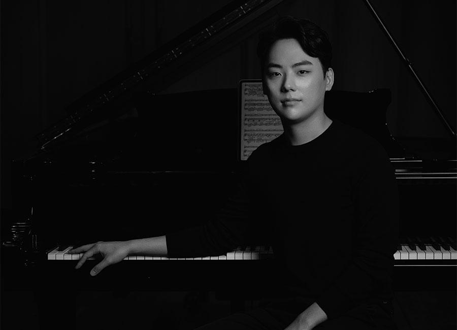 세계에서 활약하는 한국의 젊은 클래식 연주자들이 빛낸 2021 세종 체임버시리즈.마지막 무대는 신창용·김동현 듀오가 장식한다.
